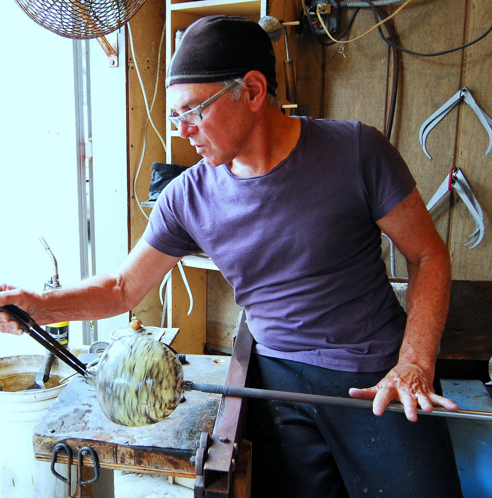 Vizzusi - Hot Glass - Association of Clay and Glass Artists of California