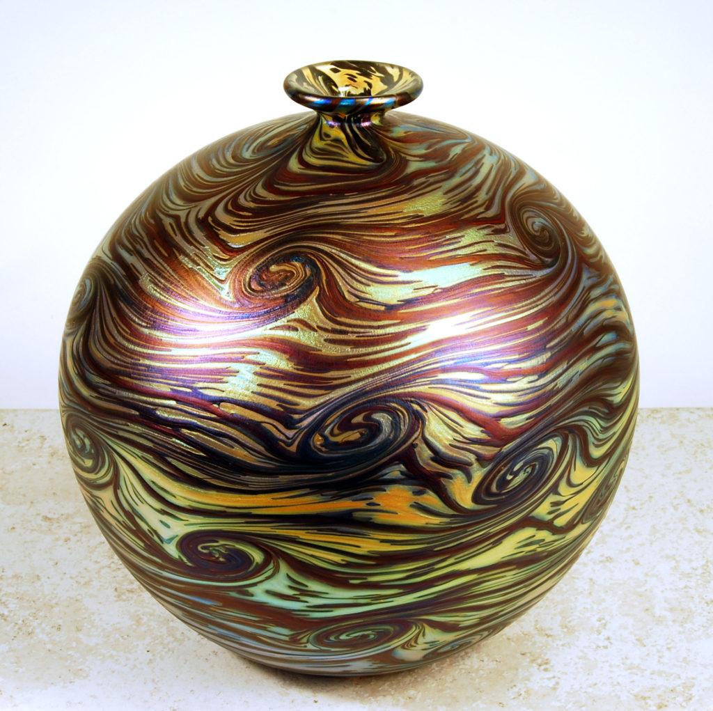 Jupiter Pelota glass vase.