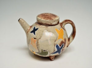 Tea pot by Sandy Simon